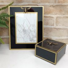 Black Bee 5x7 Frame & Jewel Box Set